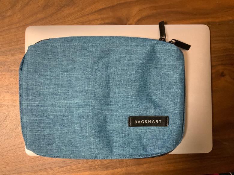 bagsmartガジェットケース - macと比較